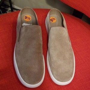 Canvas suede shoe by Vince sz 9 1/2
